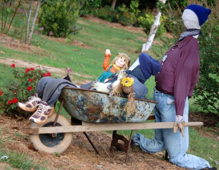 funny_scarecrows_10
